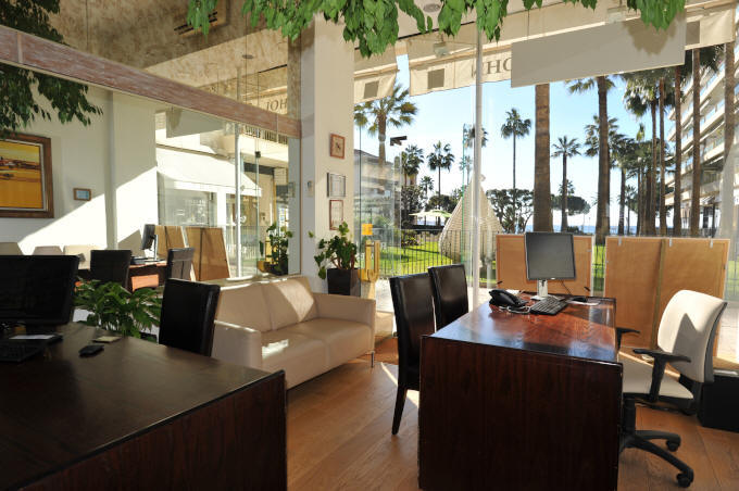 Copyrights John and John Real Estate, John and John office in Cannes picture 0289-01